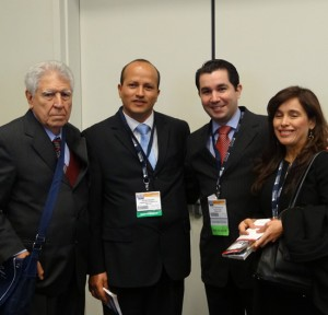 Dr. Victor Valdivia Dr. Joao Nogueira (Brasil)
